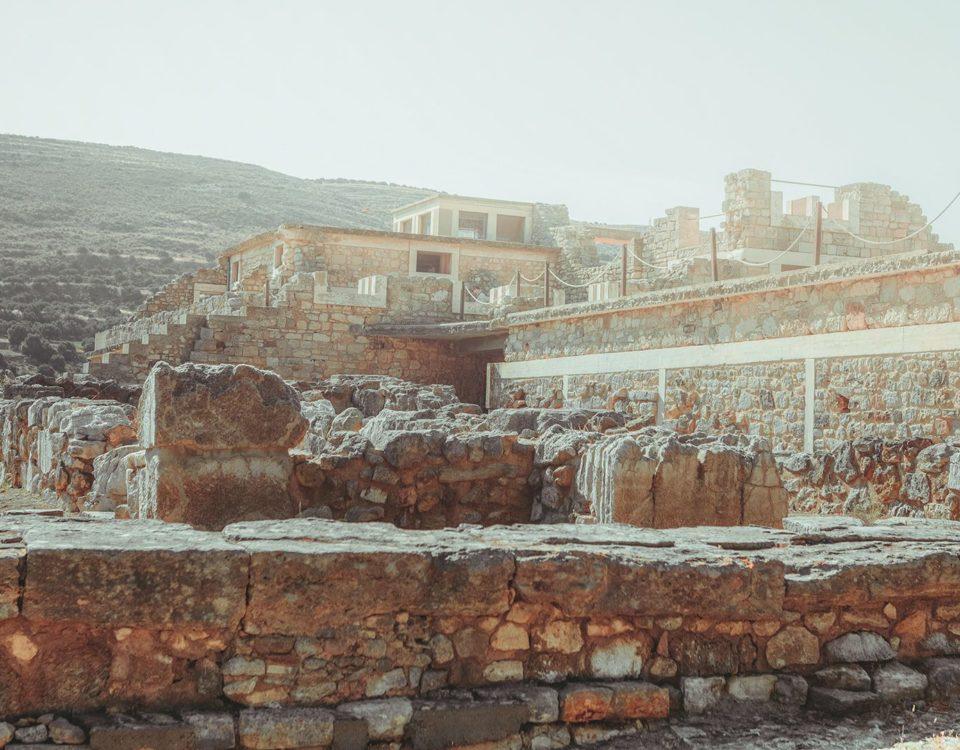 Εξερευνώντας το παλάτι της Κνωσού στην Κρήτη